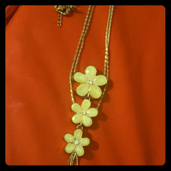 Vintage fashion jewellery necklace